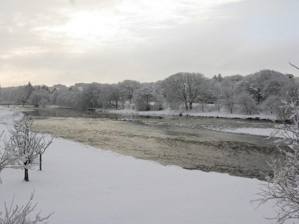 Thurso River in the snow